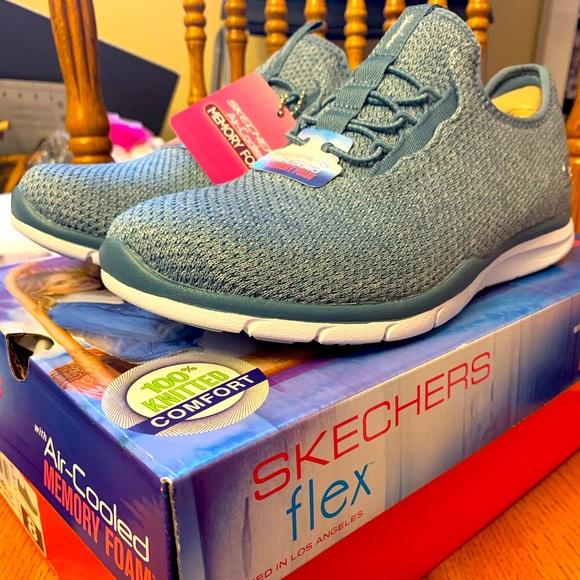 Flex Knit Sneaker Size